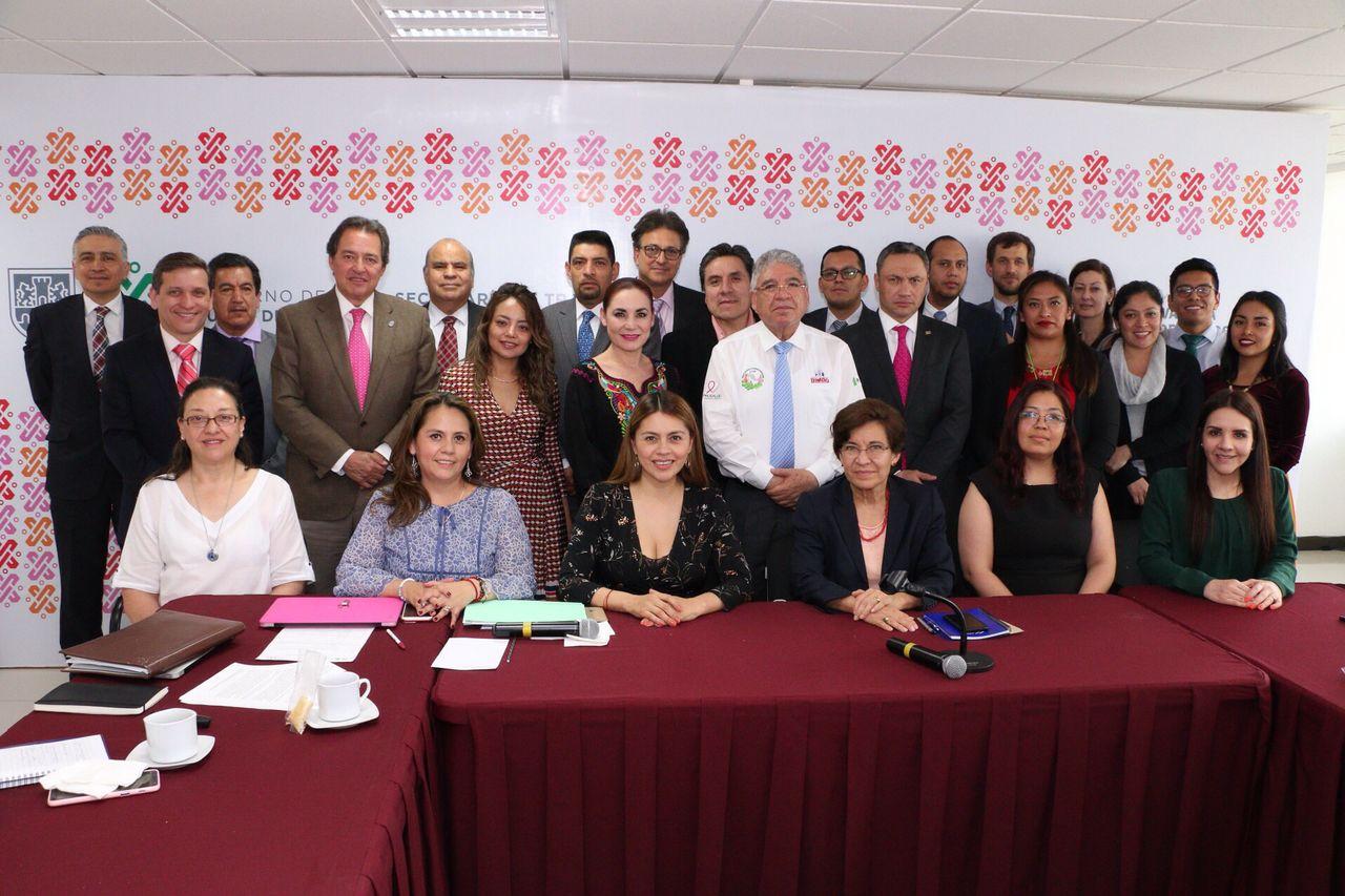 1er Encuentro Tripartito - Programa Tabajo Decente 03042019- Foto grupal.jpeg
